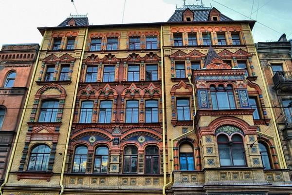 Архитектурные причуды Петербурга