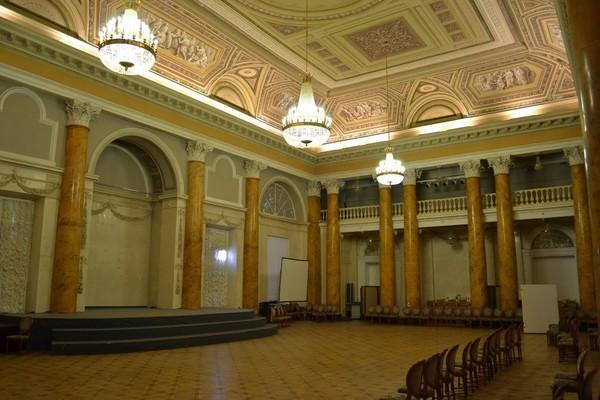 Бронзовый дворец Безбородко
