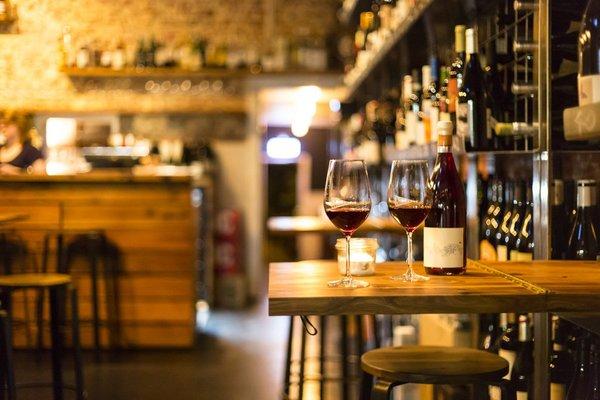 Всё о вине: топ винных баров Москвы