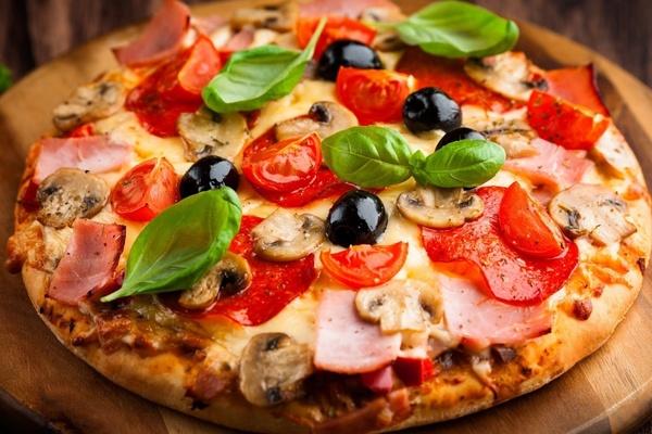 Где есть пиццу