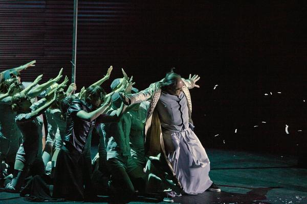 Антиутопии в театрах Москвы