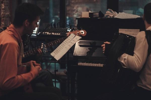 Бары с живой музыкой